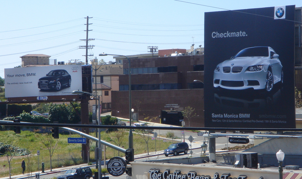 Outdoor-Advertising-10