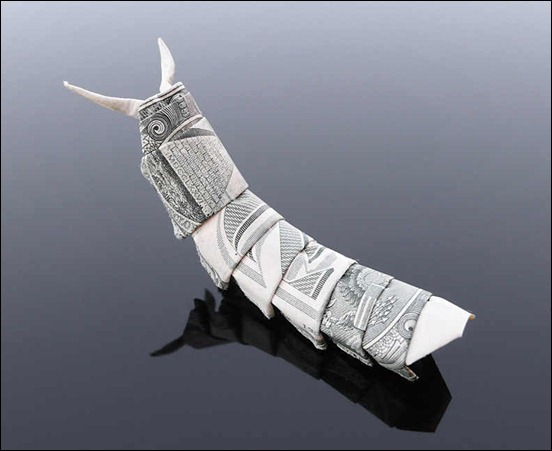 dollar-bill-origami-caterpillar